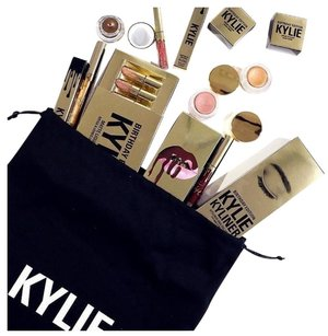 Kylie Cosmetics Kylie Cosmetics The Limited Edition Birthday Collection(sold out)
