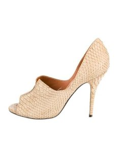 Lanvin Womens Snakeskin Taupe Pumps