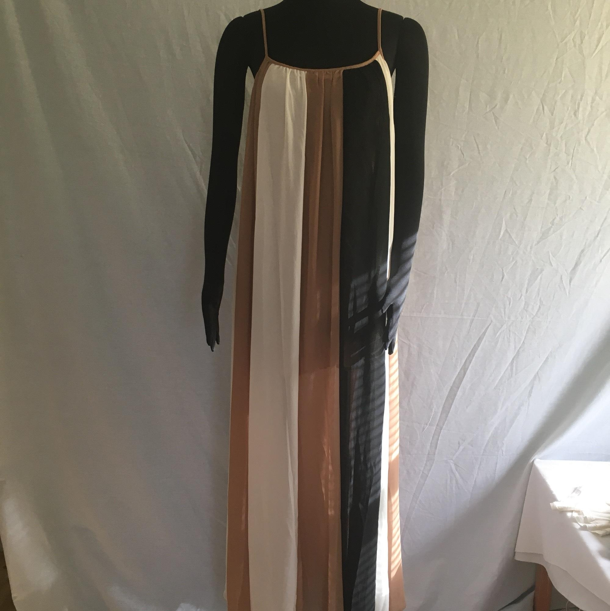 line amp dot beige off white and black long casual maxi
