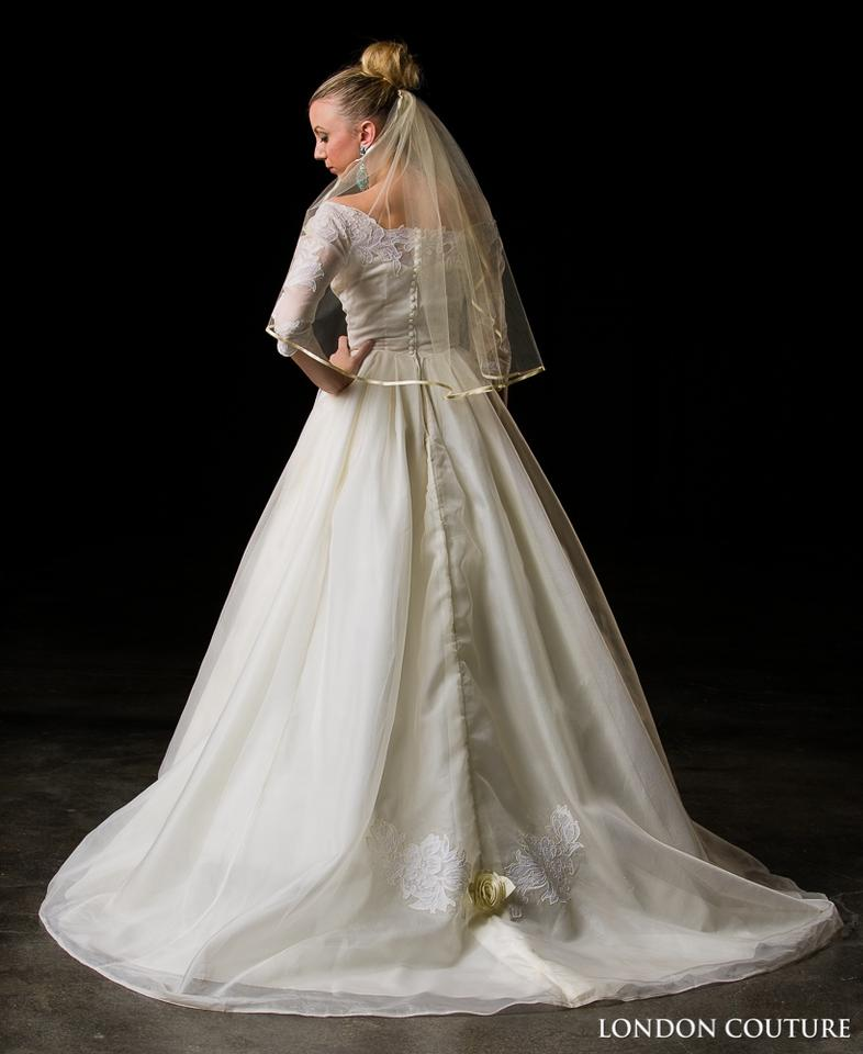 Vintage Wedding Dresses In London: Ivory Vintage Wedding Dress Size 4 (S)