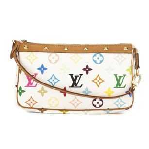 Louis Vuitton 3338012 Clutch