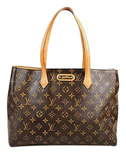 Louis Vuitton Tan Tote in Brown