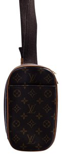 Louis Vuitton Canvas Leather Gold Hardware Cross Body Bag