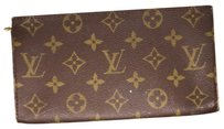 Louis Vuitton CHECK STORE Louis Vuitton Monogram Pochette