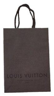 Louis Vuitton Louis Vuitton Shopping Bags