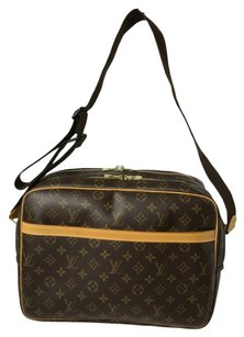 Louis Vuitton Reporter Reporter Gm Brown Messenger Bag