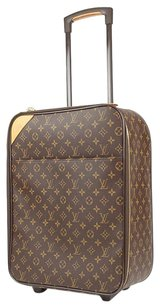 Louis Vuitton Rolling Pegase Travel Bag