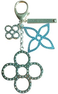 Louis Vuitton Tapage Stipple Flowers Bag Charm Keychain