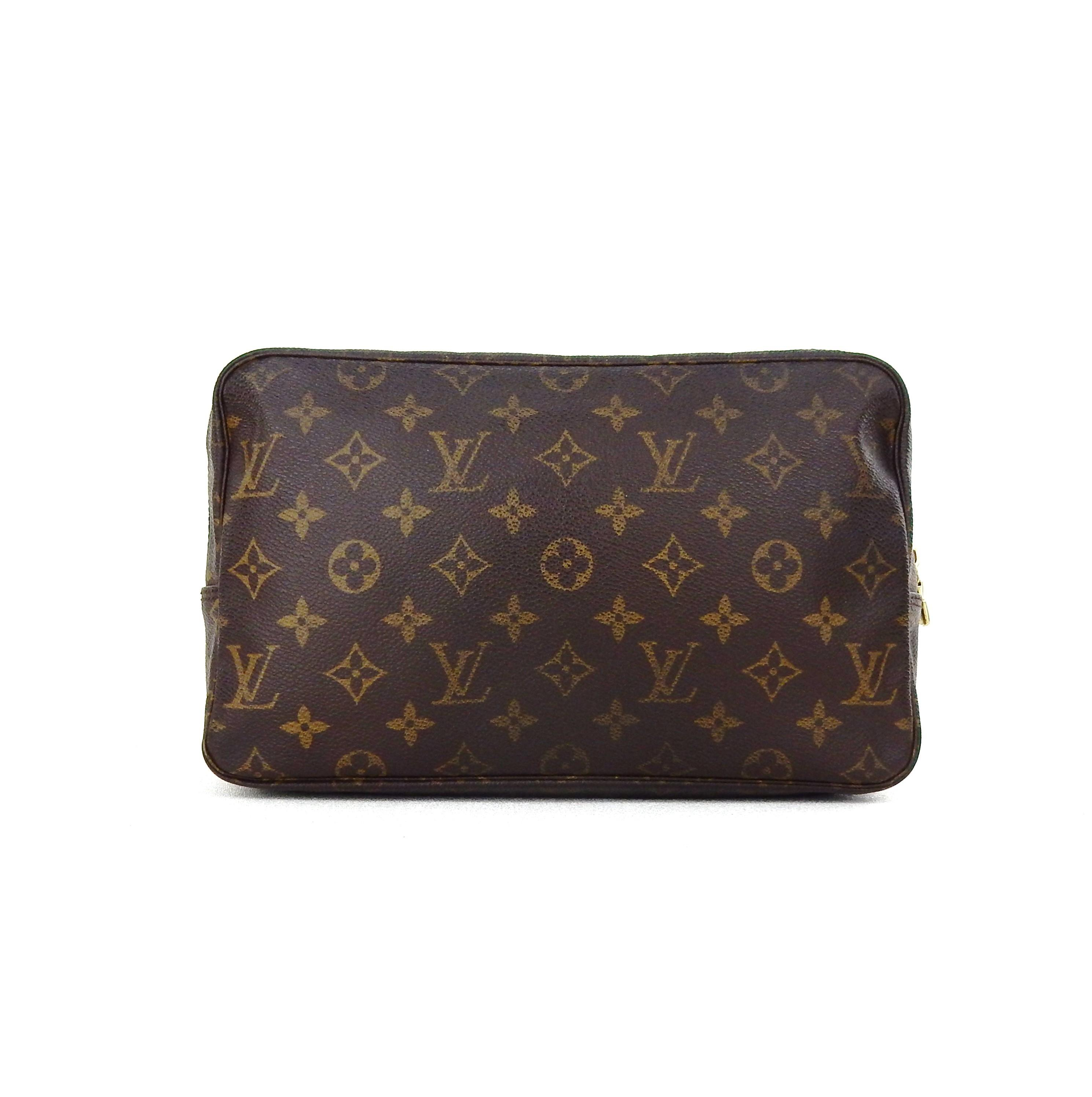 Toiletry bag 25 louis vuitton