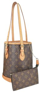 Louis Vuitton Vi 0071 Canvas Bucket Tote in Brown