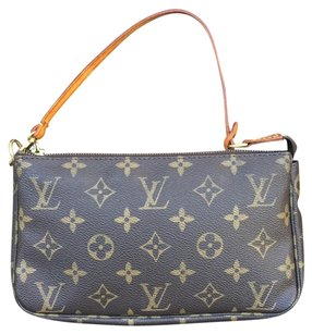 Louis Vuitton Wristlet