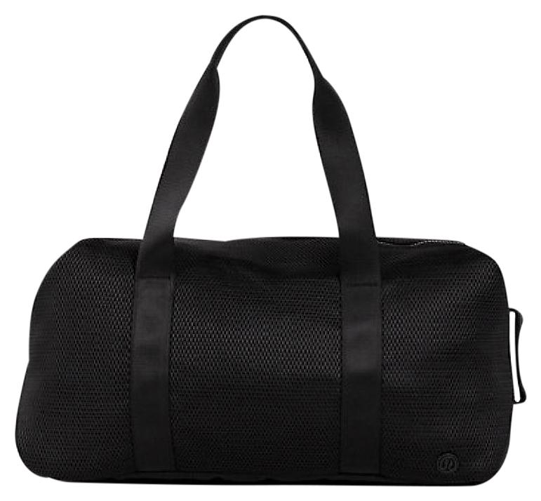 Lululemon Weekend/Travel Bags - Up to 90% off at Tradesy