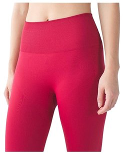 Lululemon LULULEMON ZONE IN CROP PANT HIGH RISE 6 CRANBERRY $118 NEW RARE