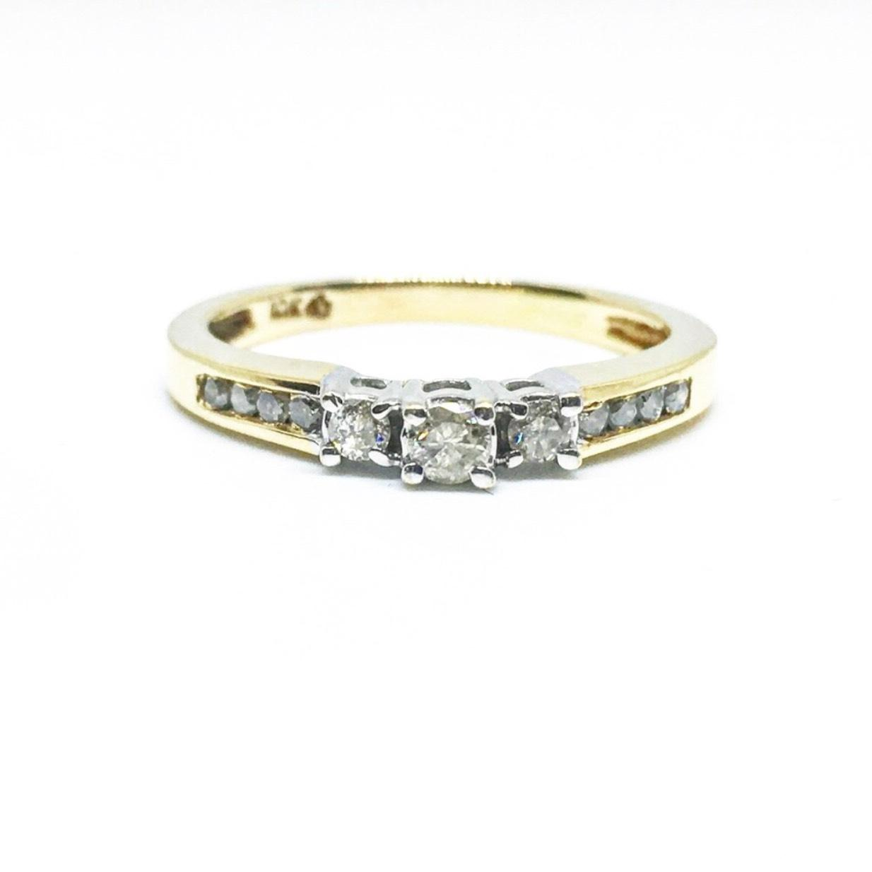 Macys Bridal Jewelry Accessories Up to 90 off at Tradesy