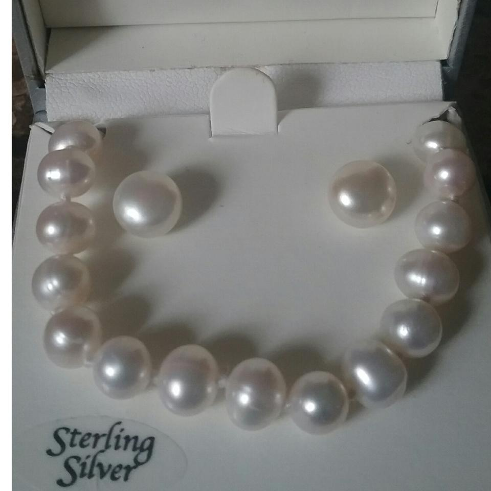Macy S 6 7mm Cultured Freshwater Pearl Necklace And Earring Set For Woman