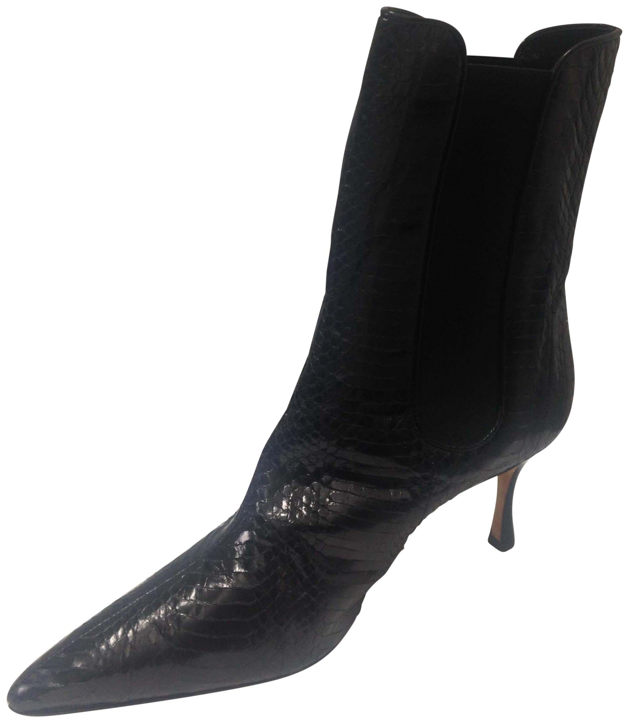 buy cheap order Manolo Blahnik Leather Pointed-Toe Boots outlet new arrival discount fashion Style Nrv0YK
