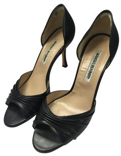 Manolo Blahnik Classic Date Night Formal Sandal Leather Black Pumps