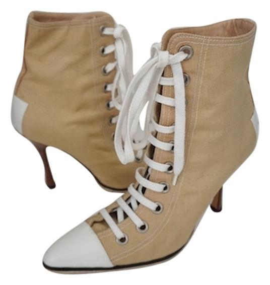 manolo blahnik lace up casual beige boots