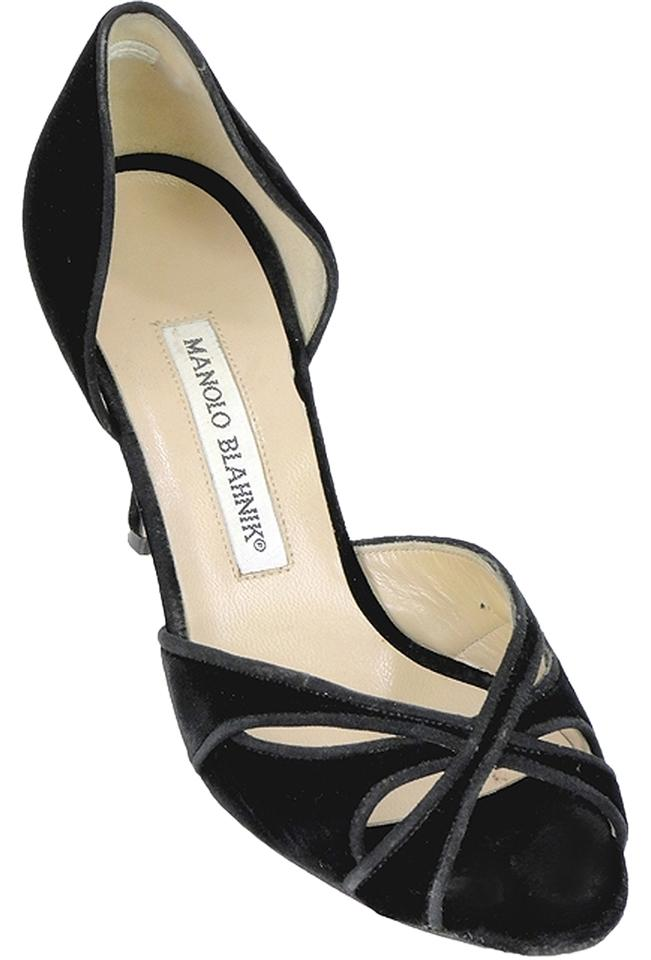 Manolo Blahnik Peep-Toe Suede Pumps cheap sale 100% guaranteed outlet store for sale AAMgb0XIqc