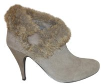 mark. Nwt Bootie Fur Taupe Boots