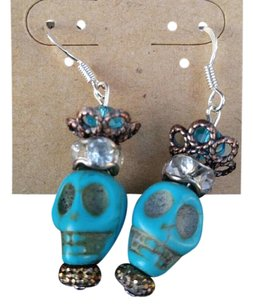 Mc finishing touch Skull pirate earrings