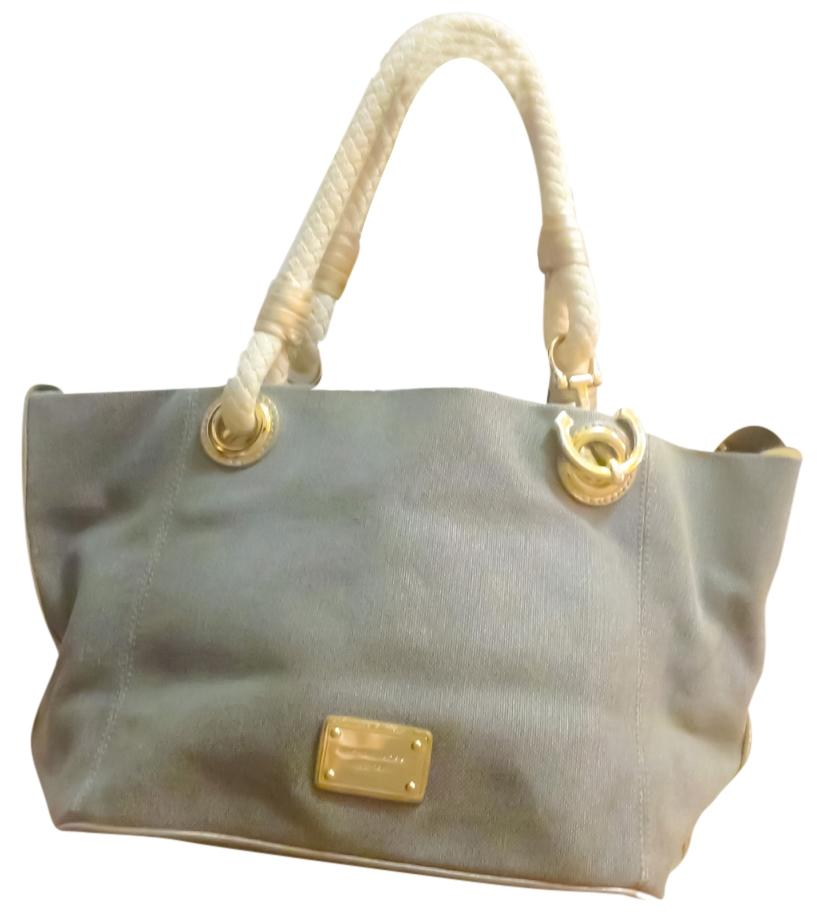 bf7c023aff10e7 ... netherlands michael kors marina canvas golden metal accent summer tote  in gold f9602 9ea50