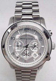 Michael Kors Michael Kors Silver Oversized Runway Watch Mk8086 Cracked