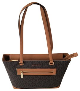 Michael Kors Mk Signature Tech Friendly Gold Hardware Color: Tote in Brown