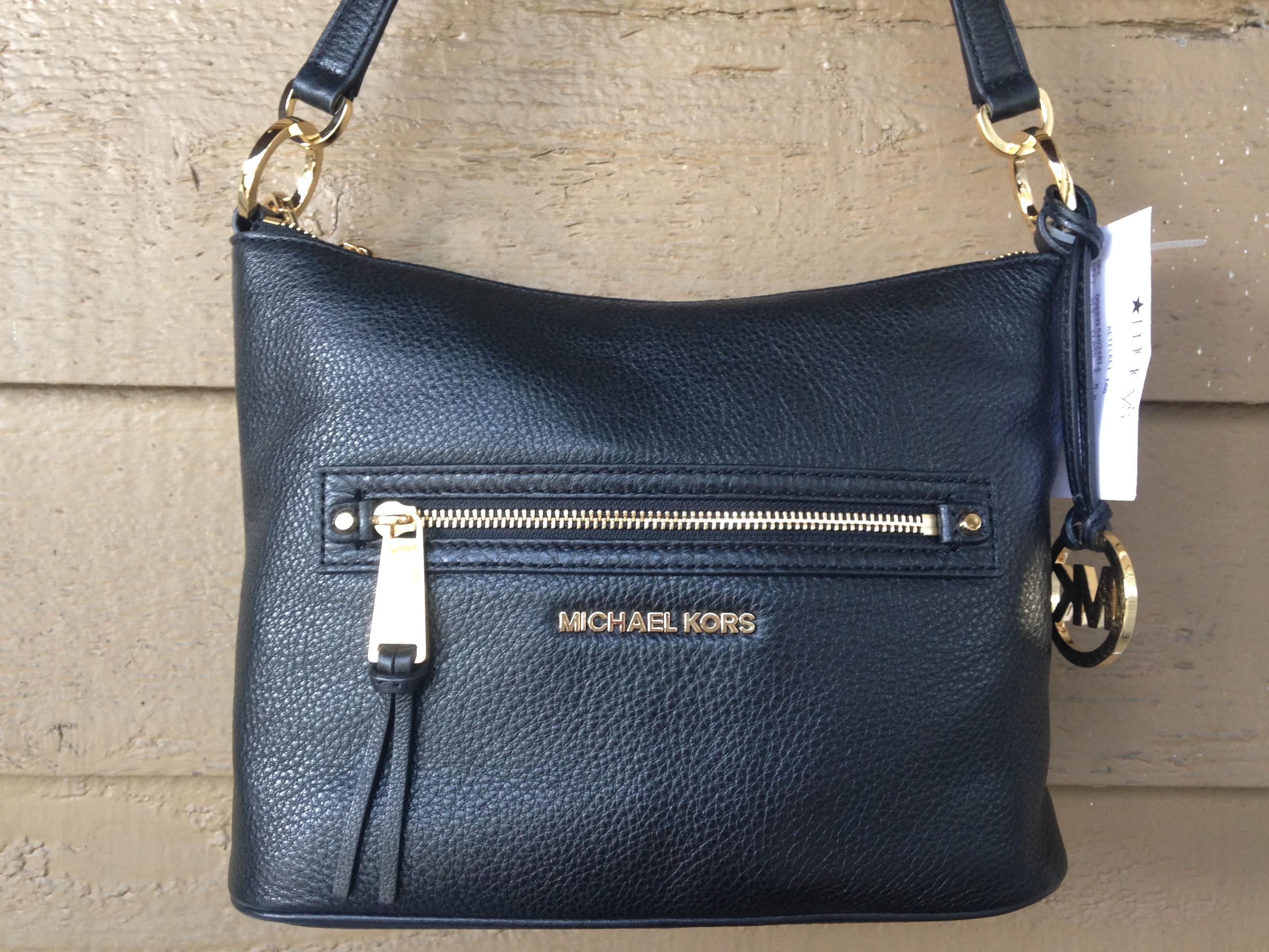 7fa15f1320c09 ... shopping michael kors shoulder bag. b4a7e 1dd92