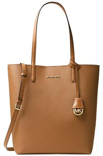 Michael Kors Tote in Acorn/Oyster