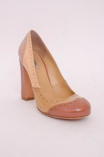 Miu Miu Nude Brown Wingtip Spectator Patent Leather Heel 636 Beige Pumps