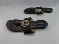 Naturalizer Chocolate Synthetic Thong W Medallion Accent B2834 Brown Sandals