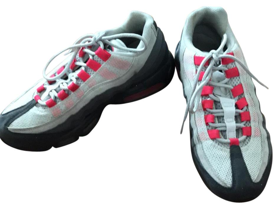 Nike Grey & Magenta Airmax 95 Sneakers Size US Regular (M, B