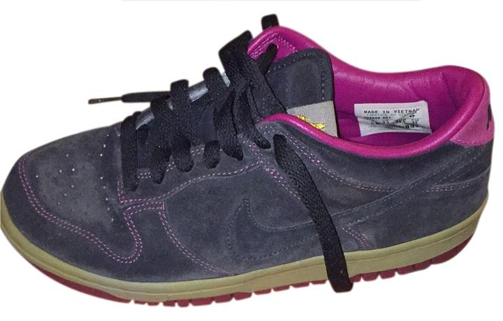 nike dunk low pink and grey athletic shoes on sale 53