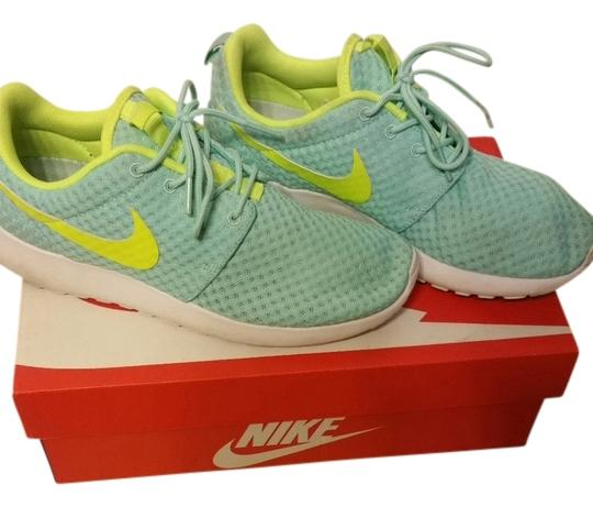 nike roche run light turquoise with white and yellow
