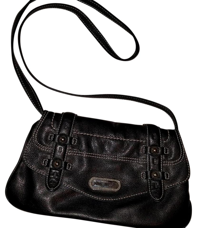 nine west messenger bags up to 90 off at tradesy rh tradesy com