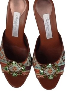 Oliva Rose Green Coach Sandals