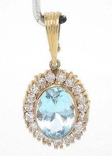 14k Yellow Gold 7.90ctw Diamond Oval Shape Aquamarine Gemstone Pendant