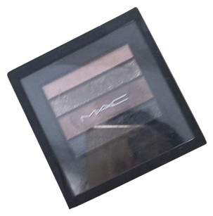MAC Cosmetics smoky
