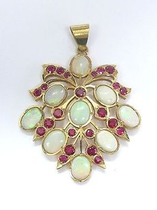 22kt Opal Ruby Yellow Gold Pendnat 16.20ct