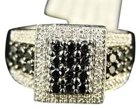 10k White Gold Ladies Blackwhite Diamond Designer Ring