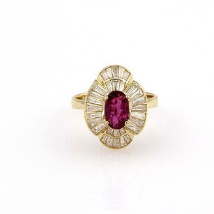 Estate 18k Yellow Gold Ruby Diamond Baguette Cocktail Ring