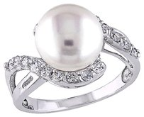 Silver Ring With 10-11mm Freshwater Pearl White Topaz Gemstones