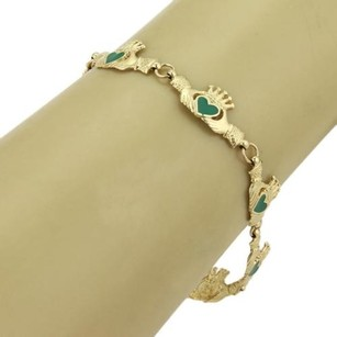Green Enamel Claddagh Hearts Hand Link Bracelet In 14k Yellow Gold