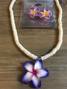 Other Hawaiian style flower necklace and earring set