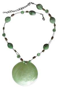 OTHER LARGE GREEN PENDANT
