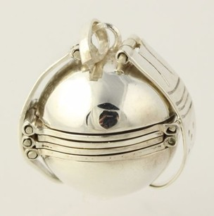 Other Mexican Picture Ball Pendant - Sterling Silver Six Frames Unfolds Keepsake Gift