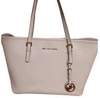 MICHAEL Michael Kors Tote in Ivory