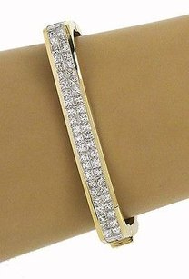 Unique 18k Yellow Gold 8ctw Invisible Set Diamond Rectangular Shape Bangle