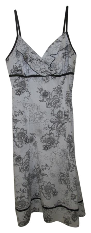 black and white floral short casual dress size 10 m